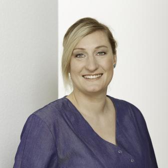Dr. Julia Stöckel